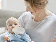 蟑螂药当成钙粉致宝宝肾损伤?宝宝的家居安全如何防护?都该看看