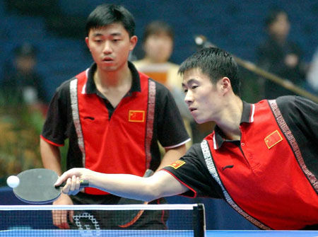 王励勤闫森 第46,47届世锦赛男子双打冠军 2000年第27届悉尼奥运会图片