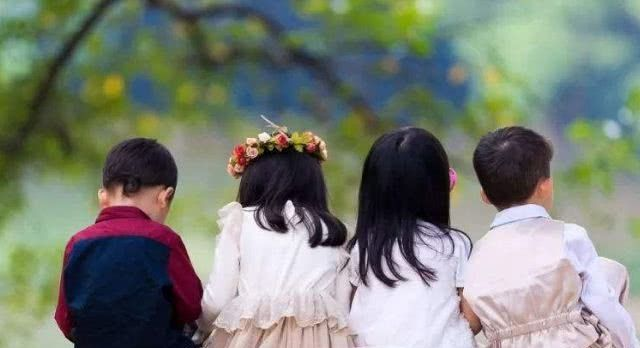 这4种父母只会养出低情商的孩子,将来可能没出息,希望不是你