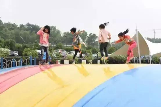 稻草迷宫,绳网世界,彩球池,沙石趣,水滑梯,水广场,小猪滑滑梯,轮胎