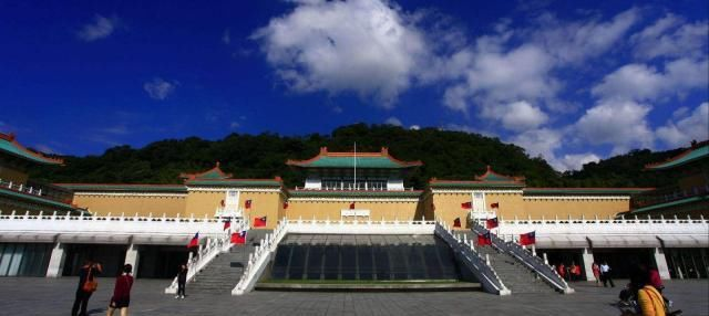 <b>台湾地方不大,但好玩地方却不少,台湾旅游的必去之地6大旅行地</b>