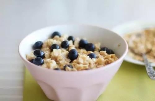 一周减肥菜谱,让你轻轻松松瘦10斤!太简单了!