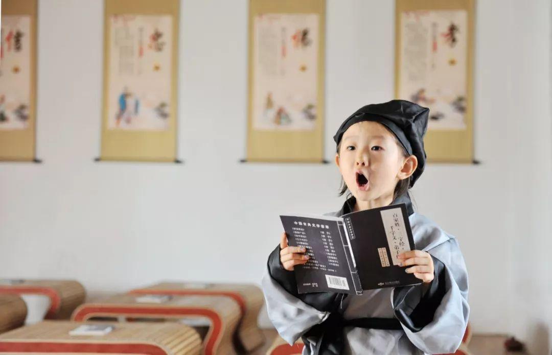 七月的青岛拒绝下饺子,萌娃、比基尼有更加选老美食南京红庙图片