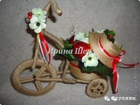 创意手工:一块废旧的纸皮,加麻绳这样做,小小自行车就