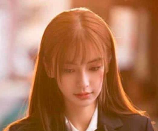 女明星齐刘海造型大赏,杨幂霸气,鞠婧祎甜美,吴谨言最吸睛!