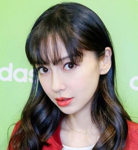"""5位留""""空气刘海""""的女星,沈梦辰baby上榜,最后一位初恋图片"""