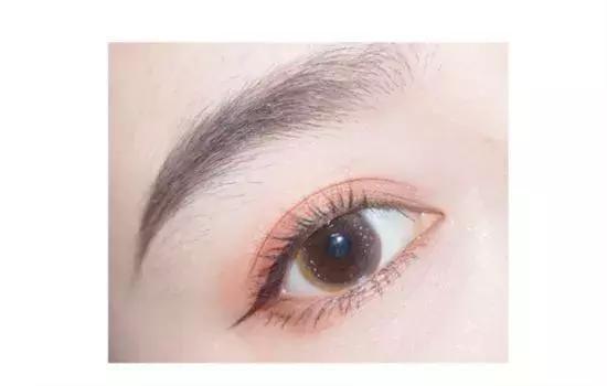 干货,最易get新手眼影画法,瞬间提升你的颜值!女人日常妆容