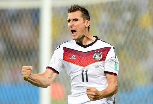 在德国队的队史上,盖德穆勒,克林斯曼,马特乌斯,无一不是闪耀世界的图片