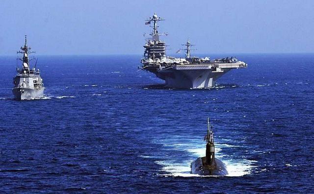 图为美军航母编队