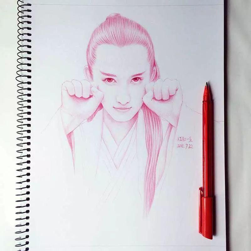 她用圆珠笔画出杨洋,吴亦凡.