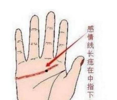 手掌 三角纹 的人,非常难遇到,有这种纹路的人往往财运很好