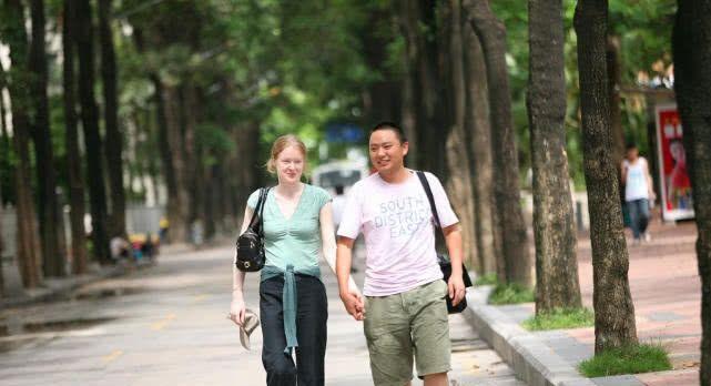 不图车不要房,这些嫁给中国普通小伙的外国新娘们!
