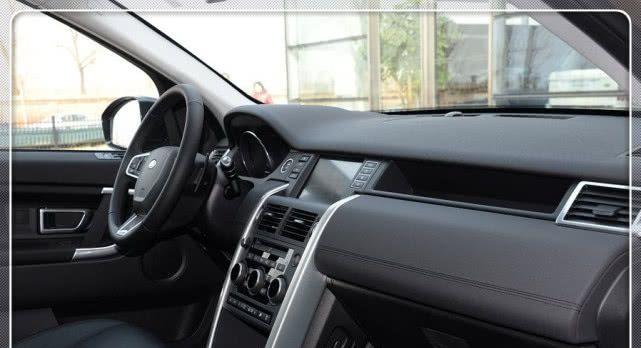 <b>豪华大七座SUV,配3.0T+8AT变速,百公里加速7.1s</b>