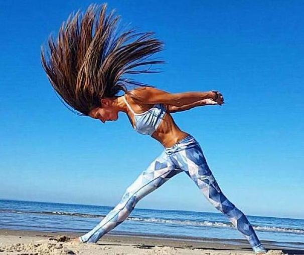 瑜伽和健美操,孰优孰劣,美女练了动态就懂女人瑜伽丰胸丰乳图片