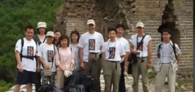 垃圾问题?英国人威廉在长城捡垃圾22年的励志故事