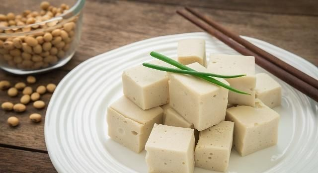 痛风可以吃豆腐吗?过于贪嘴,可能要付出代价