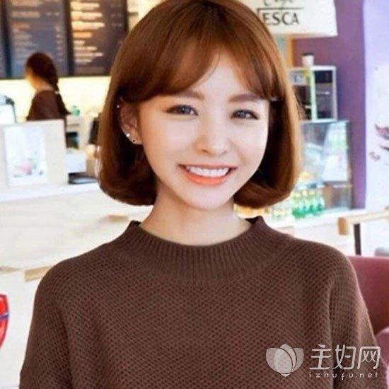 2017流行短发女士短发内扣发型风格很修颜时尚八大瘦脸v短发图片