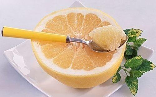 网络上遍布 柚子减肥法 信息,事实上真的有效吗