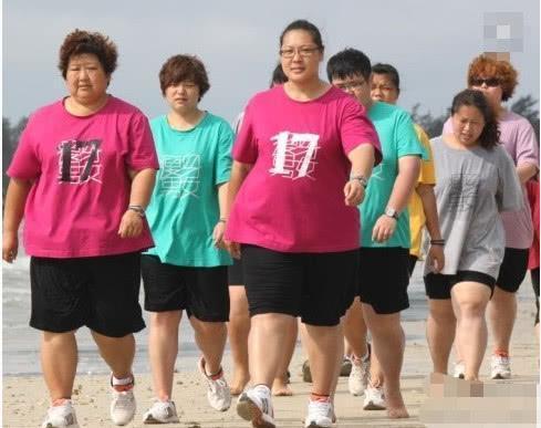 回眸靓丽网 胖女孩瘦身前后变化多大?减肥前:滚远点,减肥后:女神我喜欢你