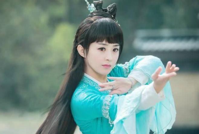 产后四个月未营业,赵丽颖被人质疑,粉丝果断站出来为其打抱不平