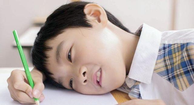 孩子多大能养成自觉性?天天逼着写作业,什么时候是个头
