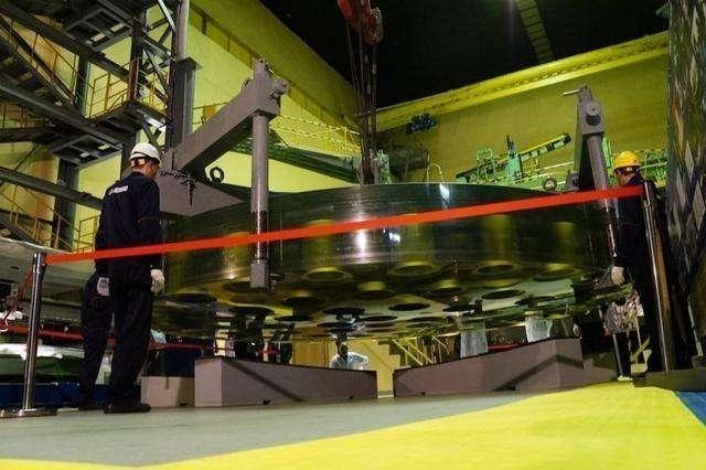 澳门星际网站:前苏联时期的世界最大天文望远镜更换新镜片_重达42吨