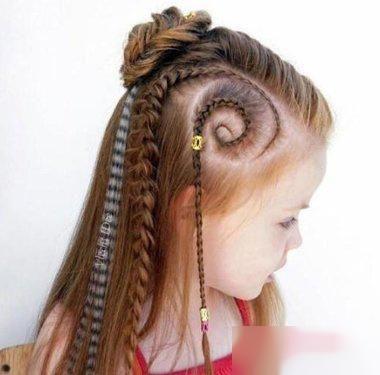 13款精致的女生编发,过年小儿童的编发再也不公主短发哪种发型好看图片图片