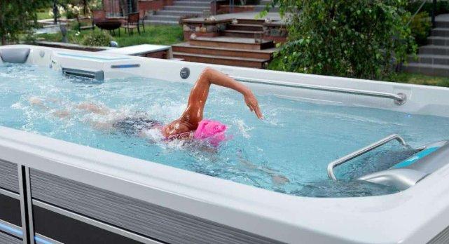 """世界上最""""神奇""""的泳池,只有一张床大小,却很难游到""""尽头""""!"""