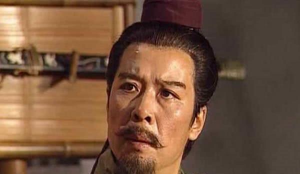 吕布朝三暮四天下皆知,刘备为何执意接纳吕布?目的主要有两点