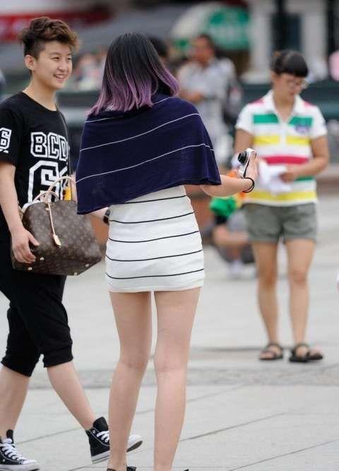 性感街头的夏日包臀裙背影,这个美女你打几分性感美女juru图片