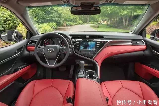 丰田第八代凯美瑞 此次上榜的第八代凯美瑞为其运动版的车型,也就是x