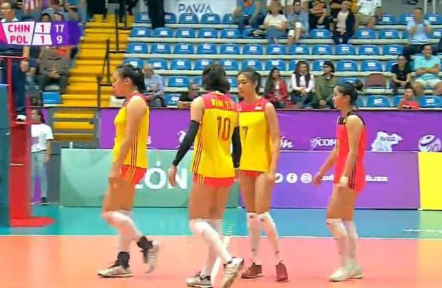 中国女排世青赛首胜赢下出线关键比赛!河南副攻毛钧怡22分!