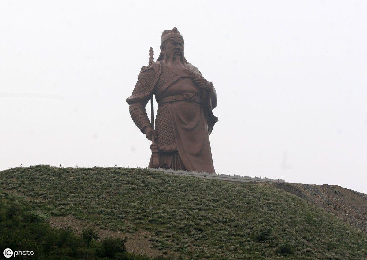 铜像最大的61米高巨型关公世界,坐落在运城10殴女生群事件图片