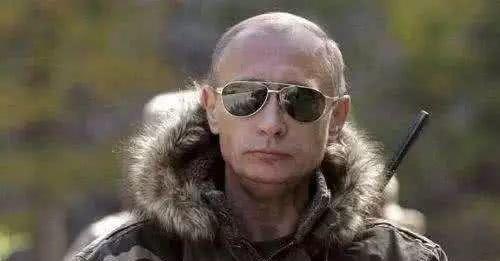 普京刚刚当选,下的第一个总统令,就令其他国家刮目相看