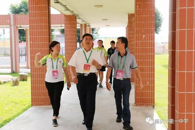广东省教育厅邱克楠副巡视员莅临我区学校视察指导图片