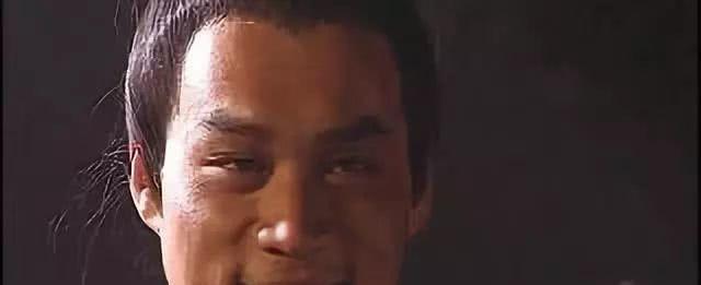 男儿有泪不轻弹,只是未到伤心处,铁汉武松也曾一次落泪两次痛哭
