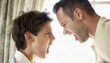 了解青春期叛逆的原因 才能和孩子更好的沟通