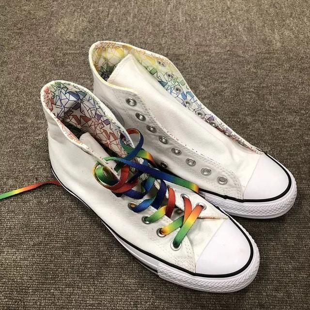 旧鞋穿出新花样,只需get这5种花式系鞋带!