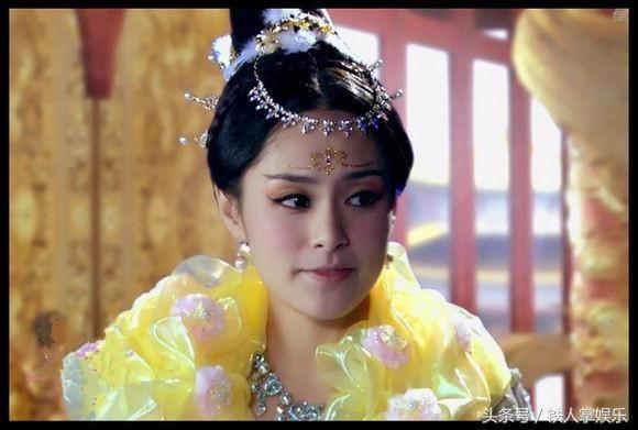 古装里公主,娘娘穿上黄色之宫装,刘诗诗的嘉仪公主真是艳压群芳