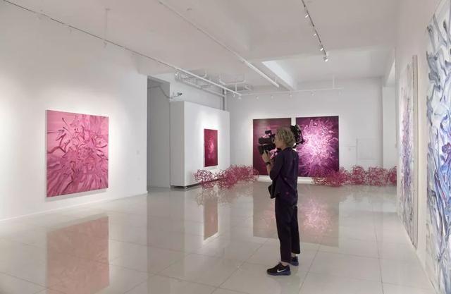 中国艺术资讯电视�_荷兰国家电视台来访中国当代艺术家工作室_【快资讯】
