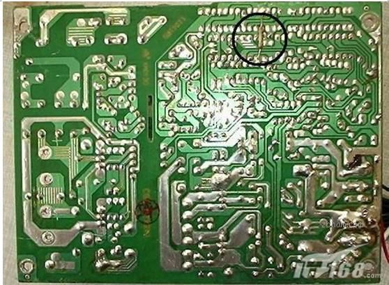 先找到tl494集成电路的第一脚.