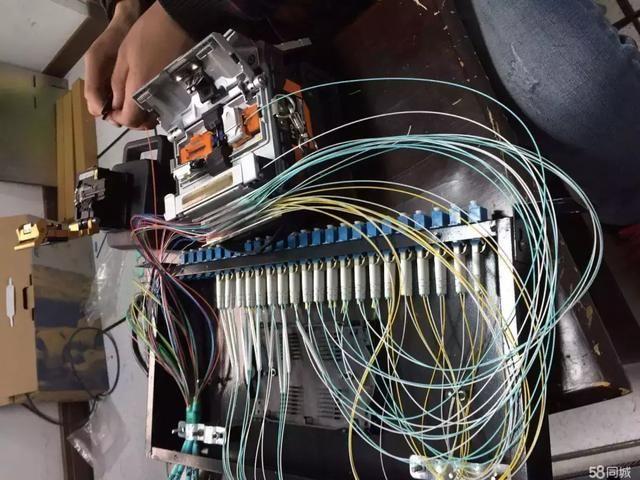 监控工程中技术熔接光纤的听说与教程原文操作听力3大学英语技巧图片