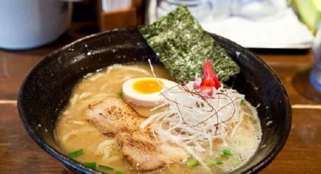 """日本出现""""珍珠拉面"""",看着毫无违和感,网友灵魂拷问:这好吃吗"""