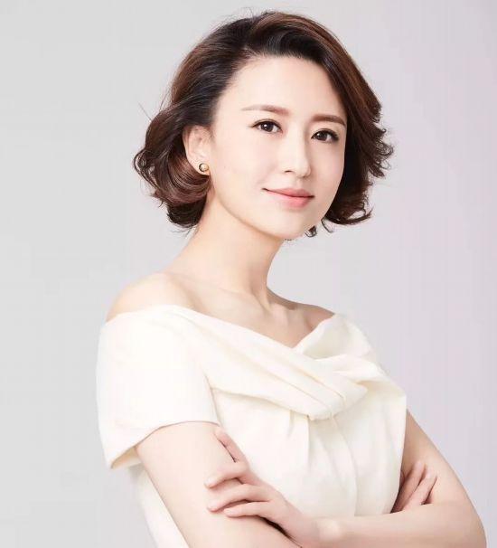 董卿张蕾胡蝶 央视女主播短发造型,你pick哪一