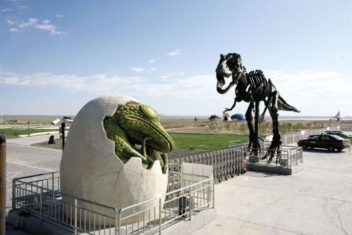 不用人挤人黄金周内蒙古旅游十大爆点浸染最美秋色