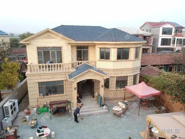 北京农村自建轻钢别墅,每平造价仅1500,你还要建落伍图片