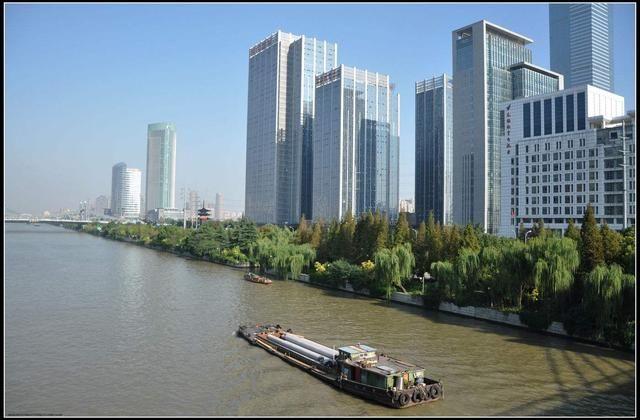 华东的gdp_聂辉华 中国各省经济版图固化