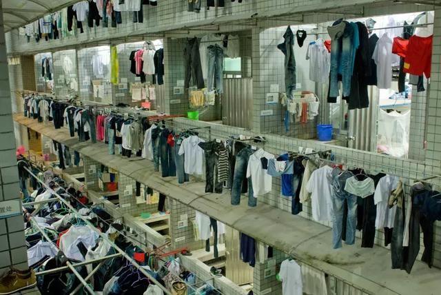 西方人不懂晾公寓的情趣南宁市衣服情趣图片