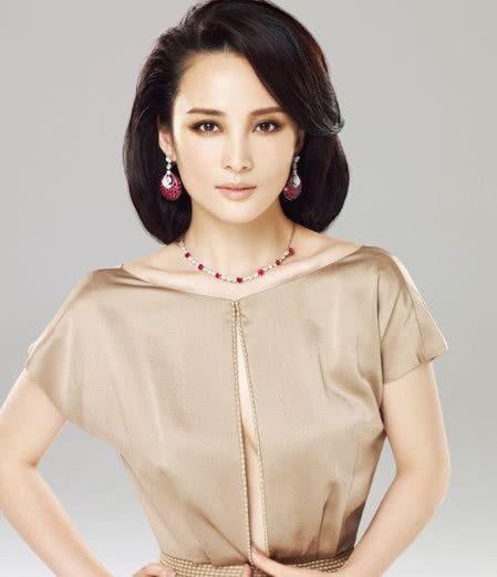 标准的古装美人,琼瑶为她写戏,网友直呼这是画不出来的美