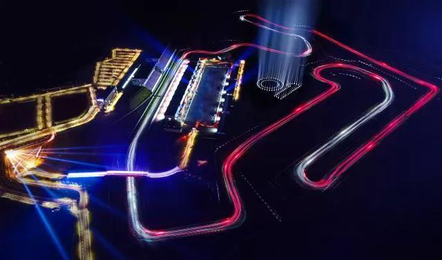 放弃赛车生涯造就妻子f1车手梦-宁波国际赛道设计师阿兰威尔逊